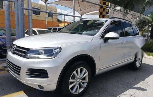 En venta un Volkswagen Touareg 2012 Automático muy bien cuidado