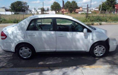 Pongo a la venta cuanto antes posible un Nissan Tiida en excelente condicción