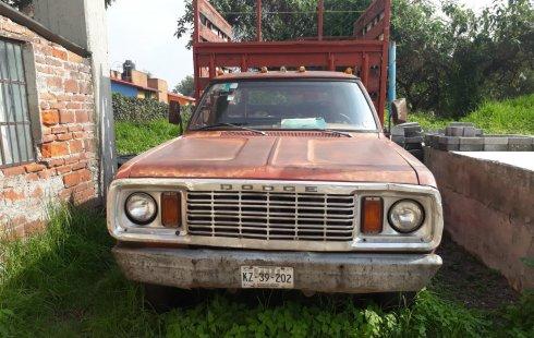 Camioneta Dodge D-350 Mod. 1978
