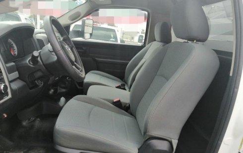 Se vende un Dodge RAM 4000 de segunda mano