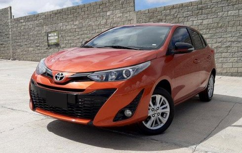 Pongo a la venta un Toyota Yaris en excelente condicción