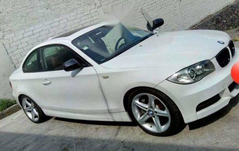 Vendo un carro BMW I3 2012 excelente, llámama para verlo