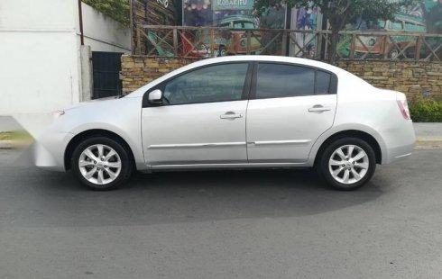 Se vende un Nissan Sentra 2012 por cuestiones económicas
