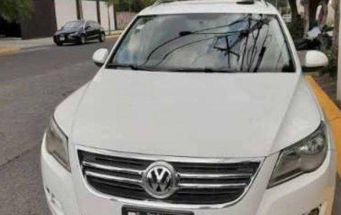 Se vende urgemente Volkswagen Tiguan 2010 Automático en Morelia