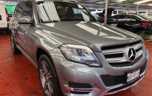 Vendo un carro Mercedes-Benz Clase GLK 2015 excelente, llámama para verlo