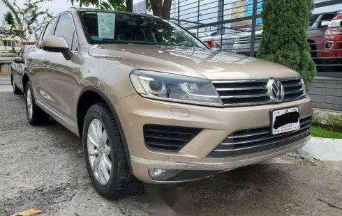 Vendo un carro Volkswagen Touareg 2015 excelente, llámama para verlo