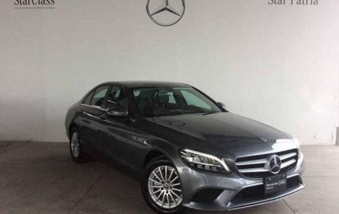 Pongo a la venta un Mercedes-Benz Clase C en excelente condicción