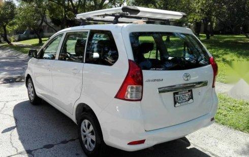 Toyota Avanza 2013 barato