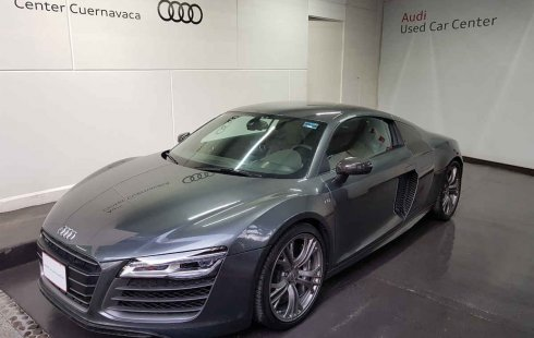 Quiero vender inmediatamente mi auto Audi R8 2014