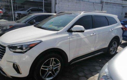 Pongo a la venta cuanto antes posible un Hyundai Santa Fe en excelente condicción