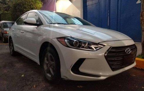 Se vende un Hyundai Elantra 2017 por cuestiones económicas