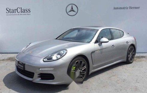 Se pone en venta un Porsche Panamera