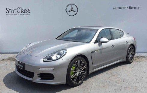 Precio de Porsche Panamera 2016