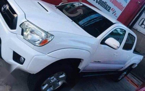 Toyota Tacoma precio muy asequible