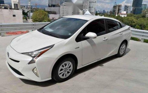 Se vende un Toyota Prius de segunda mano