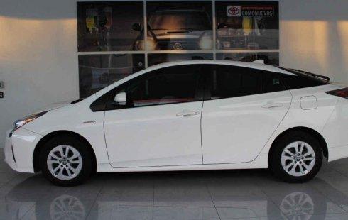 Quiero vender urgentemente mi auto Toyota Prius 2016 muy bien estado