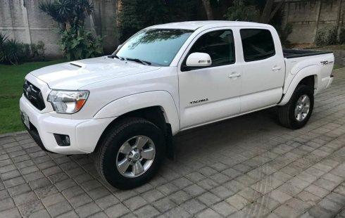 Urge!! Un excelente Toyota Tacoma 2015 Automático vendido a un precio increíblemente barato en Coyoacán