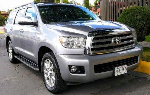 Quiero vender un Toyota Sequoia usado