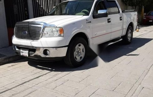 Ford Lobo impecable en Tultitlán más barato imposible