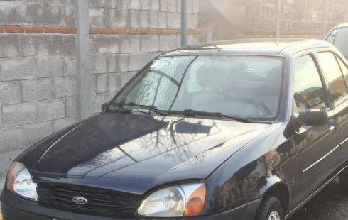 Un excelente Ford Fiesta 2002 está en la venta