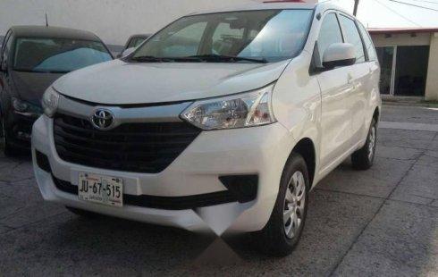 Quiero vender urgentemente mi auto Toyota Avanza 2016 muy bien estado