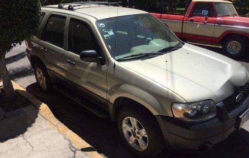 Un Ford Escape 2005 impecable te está esperando ( ID: 1473031)
