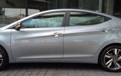 Quiero vender inmediatamente mi auto Hyundai Elantra 2016 muy bien cuidado