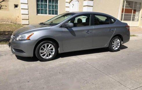 Tengo que vender mi querido Nissan Sentra 2013