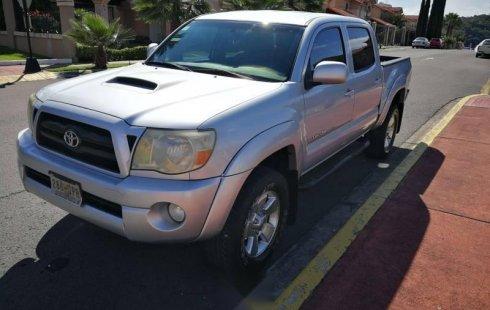 Urge!! Vendo excelente Toyota Tacoma 2006 Automático en en Tonalá