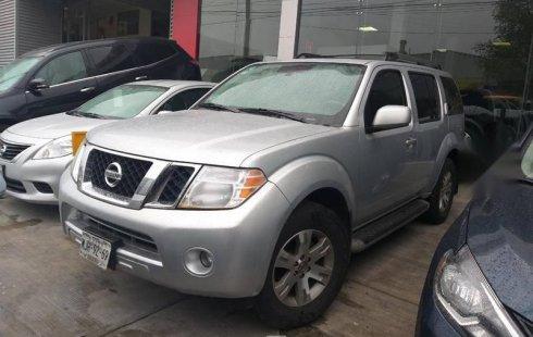 Vendo un carro Nissan Pathfinder 2011 excelente, llámama para verlo