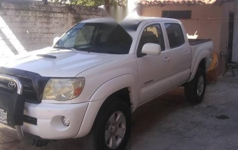Urge!! Un excelente Toyota Tacoma 2006 Automático vendido a un precio increíblemente barato en Zapopan