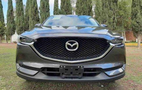 Vendo un carro Mazda CX-5 2018 excelente, llámama para verlo