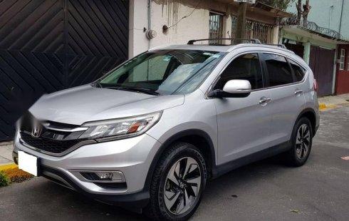 Un Honda CR-V 2015 impecable te está esperando