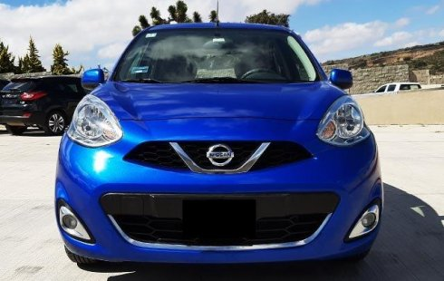 Un carro Nissan March 2016 en Hidalgo