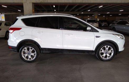 Quiero vender urgentemente mi auto Ford Escape 2016 muy bien estado