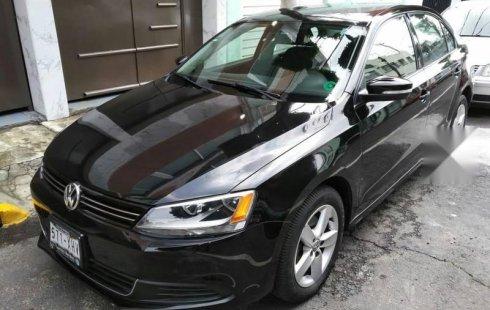 Quiero vender inmediatamente mi auto Volkswagen Jetta 2011 muy bien cuidado