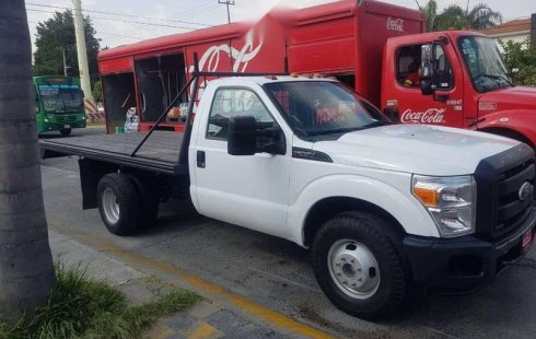 Ford F-350 2011 impecable