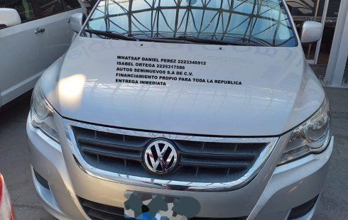 Excelente Routan 2012 Puebla