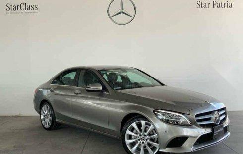 Se vende un Mercedes-Benz Clase C de segunda mano