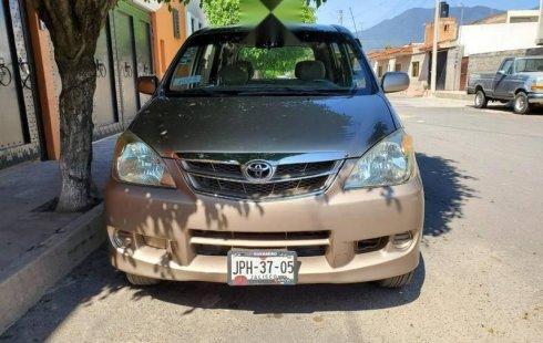 Toyota Avanza 2008 barato