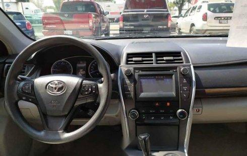 Pongo a la venta cuanto antes posible un Toyota Camry en excelente condicción
