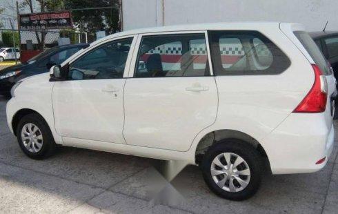 Pongo a la venta cuanto antes posible un Toyota Avanza que tiene todos los documentos necesarios