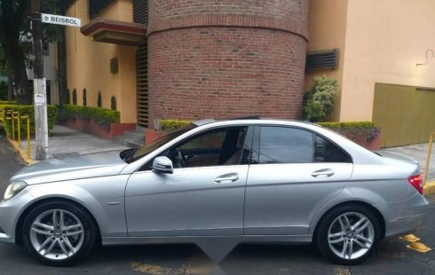 Pongo a la venta cuanto antes posible un Mercedes-Benz Clase C en excelente condicción a un precio increíblemente barato
