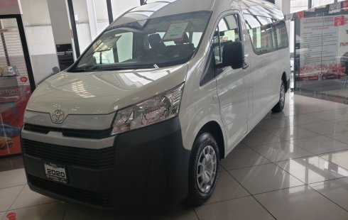 Un carro Toyota Hiace 2019 en Iztapalapa
