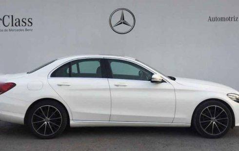 En venta carro Mercedes-Benz Clase C 2019 en excelente estado