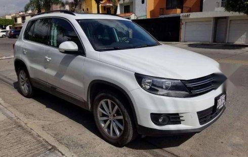 En venta carro Volkswagen Tiguan 2017 en excelente estado