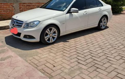 Quiero vender cuanto antes posible un Mercedes-Benz Clase C 2012