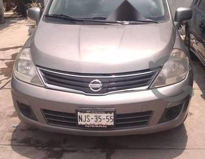 Quiero vender cuanto antes posible un Nissan Tiida 2011