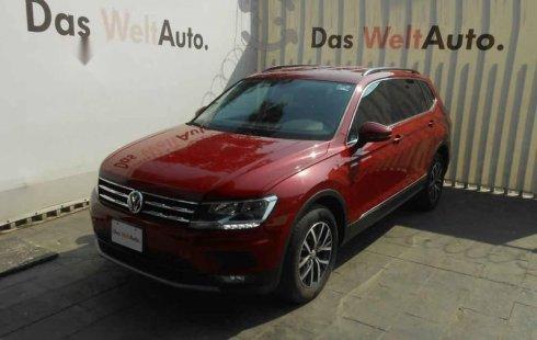 Un carro Volkswagen Tiguan 2018 en Tlalpan