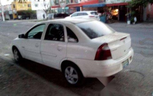 Se vende un Chevrolet Corsa 2004 por cuestiones económicas